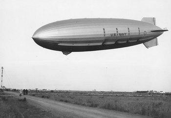 USS-Akron-1932