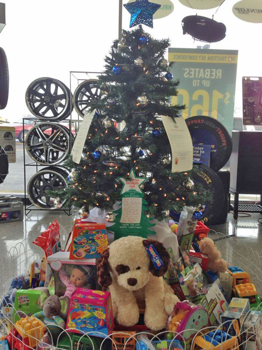 During the holidays, Courtesy Auto gives back to less fortunate families in the community to give them a Christmas to remember.