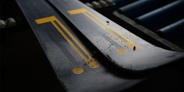 Pirelli Skis