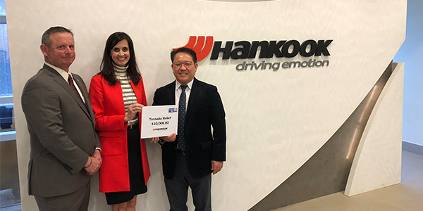 Hankook donation United Way