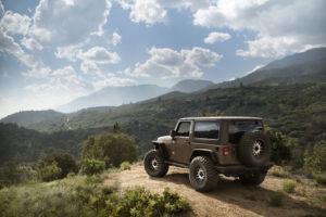 2016_Toyo_LTR_Jeep_RearThreeQuarter_Wide