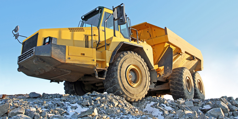 Mining-Truck-on-a-Mound-800x400