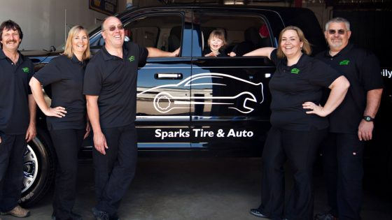 Sparks-Tire-Team-staff-1400x700