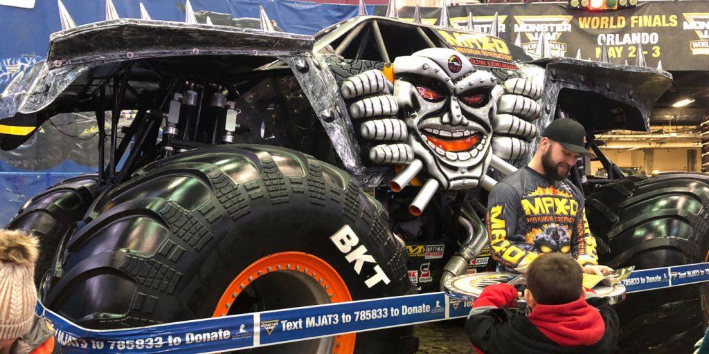 BKT-Monster-Jam-Max-D