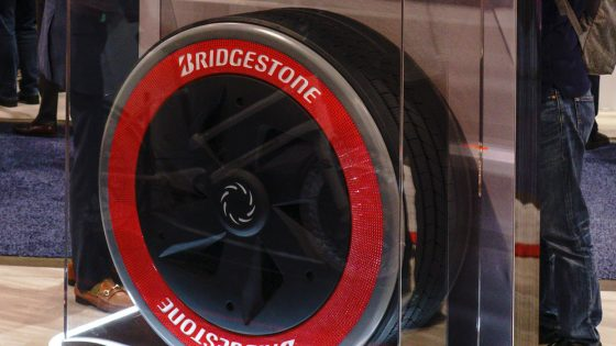 Bridgestone-air-free-commercial-tire