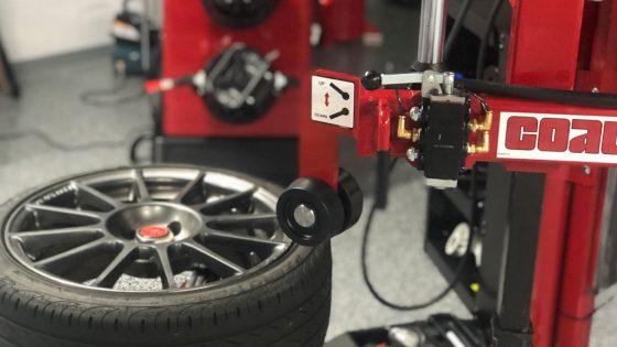 Coats-Tire-Changer-1400x700
