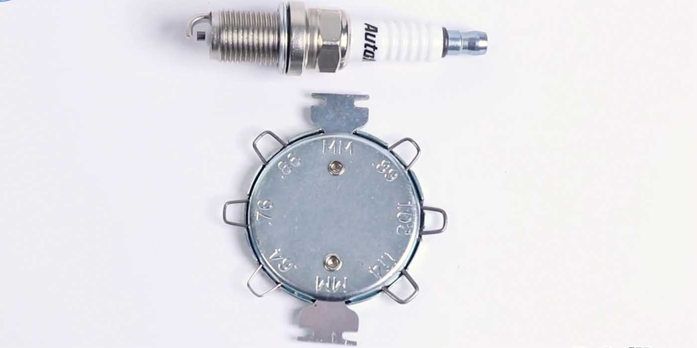 Gap-spark-plugs