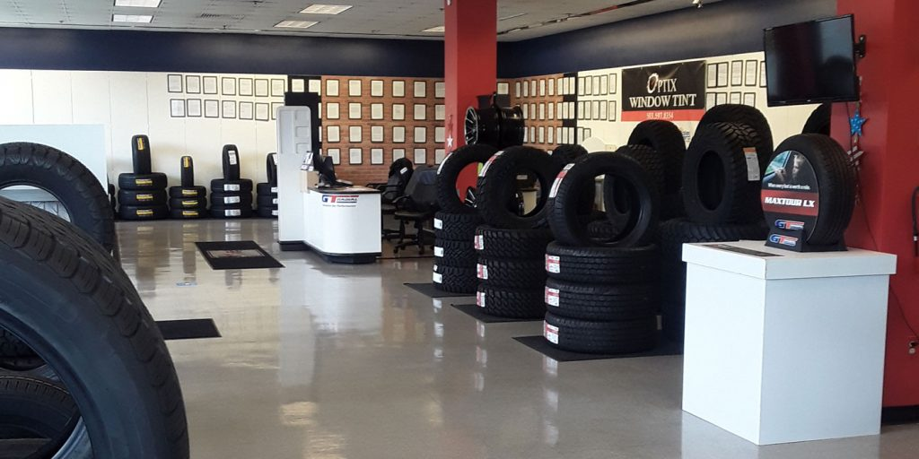Uncle-Dans-Tire-World-4