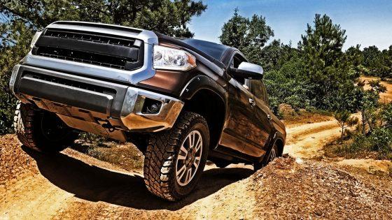 Cooper-Disco-ST-Maxx-vehicle-shot