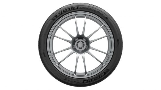 Michelin-Pilot-Sport-All-Season-4