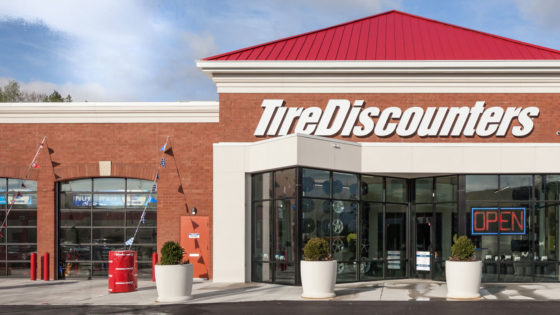 Tire-Discounters-Store-Opening