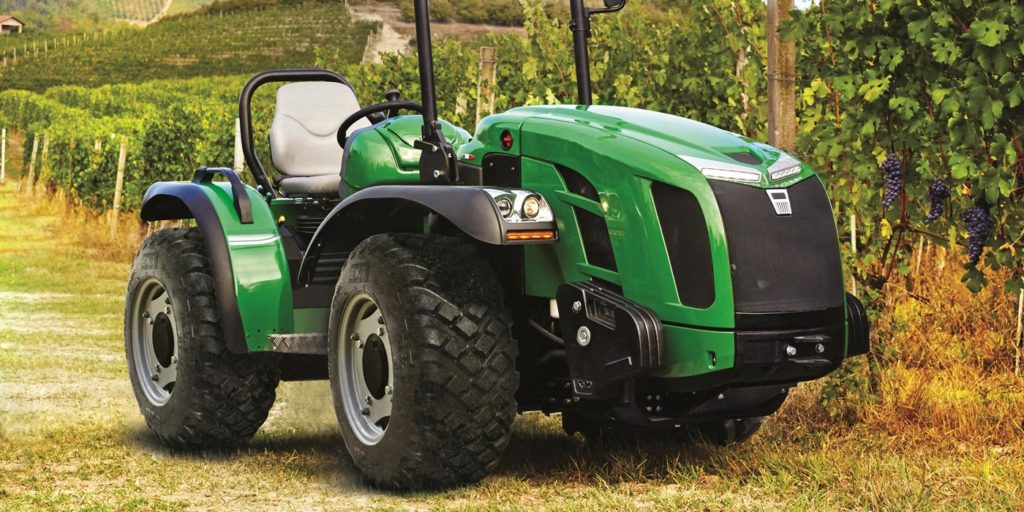 BKT_Agrimax_Turf_RT_333_Tractor