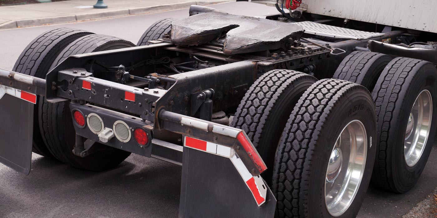 Commercial-Truck-Drive-Tires