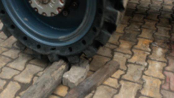 Telehandler-Tires-Debris