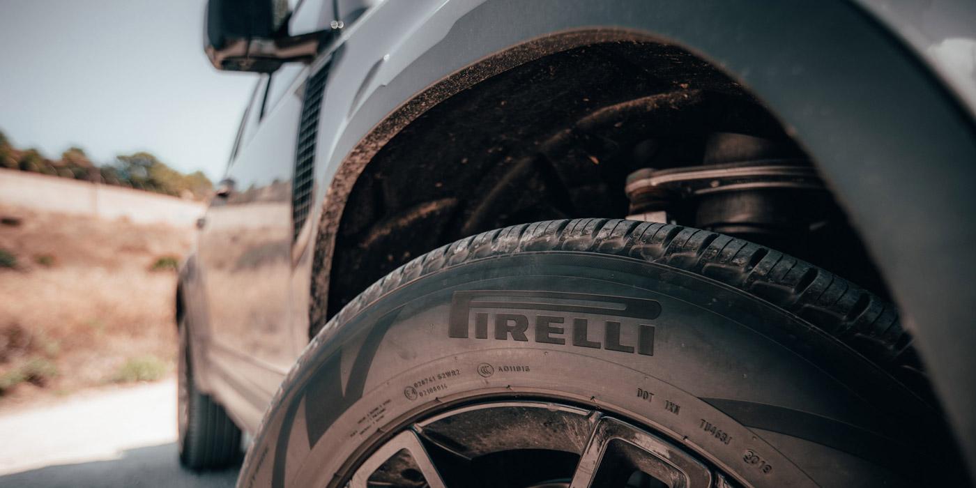 Scorpion-Pirelli-Land-Rover