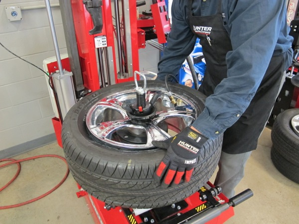 9: seat both beads using air pressure and a gentle lift of the tire up into the top rim flange.
