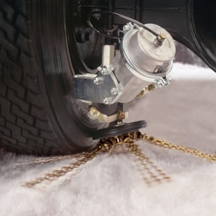 Automatic Snow Chains Provide Instant Traction For Trucks Tire