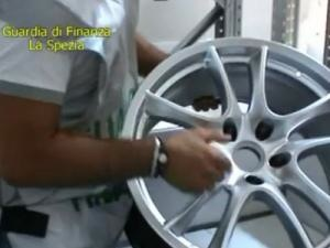 Following the seizure of the wheels La Spezia Guardia di Finanza published an online video about the operation that led to the seizure.