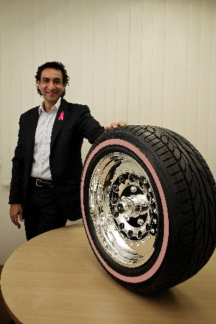 Sareen and the pink-sidewalled 'Ring of Hope'